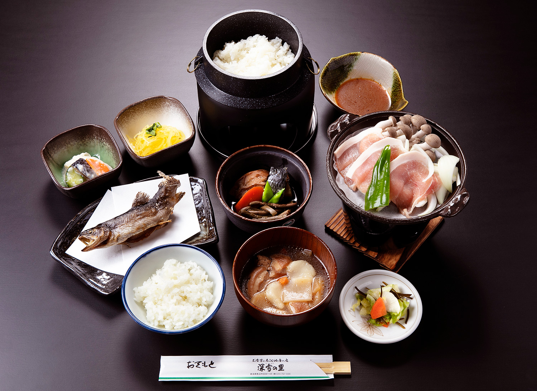 「魚沼ごっつぉ膳」(極) 1,500円(税別)イメージ